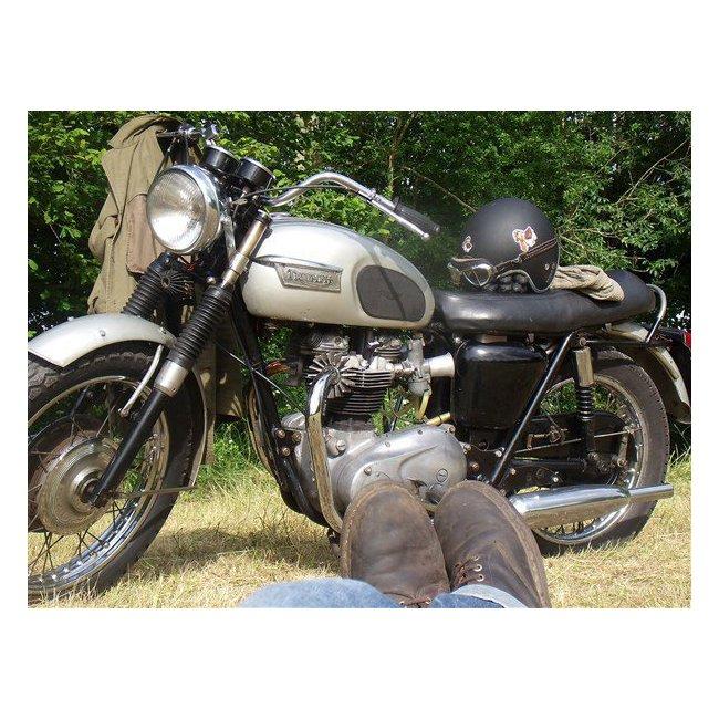 les occasions du hound triumph bonneville 70 hound motorcycle. Black Bedroom Furniture Sets. Home Design Ideas