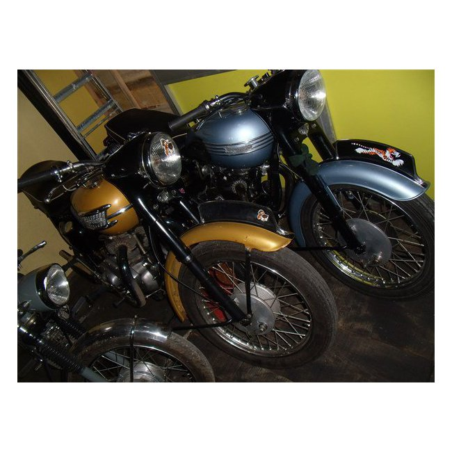 moto vendues triumph thunderbird hound motorcycle. Black Bedroom Furniture Sets. Home Design Ideas