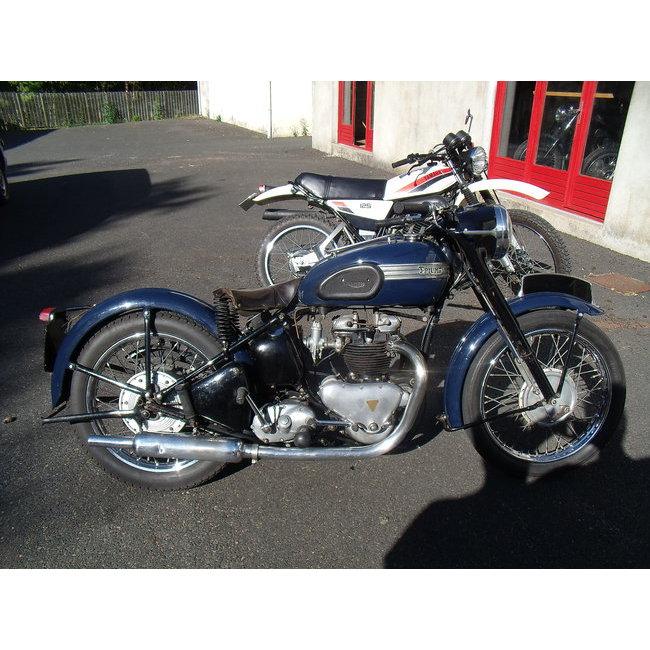 moto vendues triumph 6t 1952 hound motorcycle. Black Bedroom Furniture Sets. Home Design Ideas